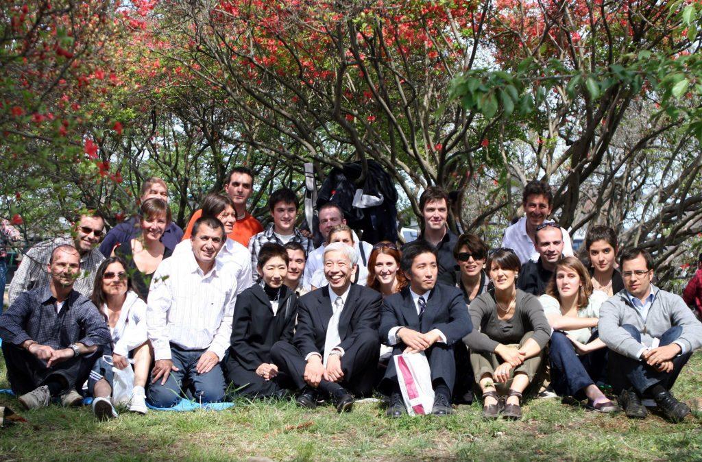 Notre groupe en 2007 avec la famille Ueshiba à Iwama.